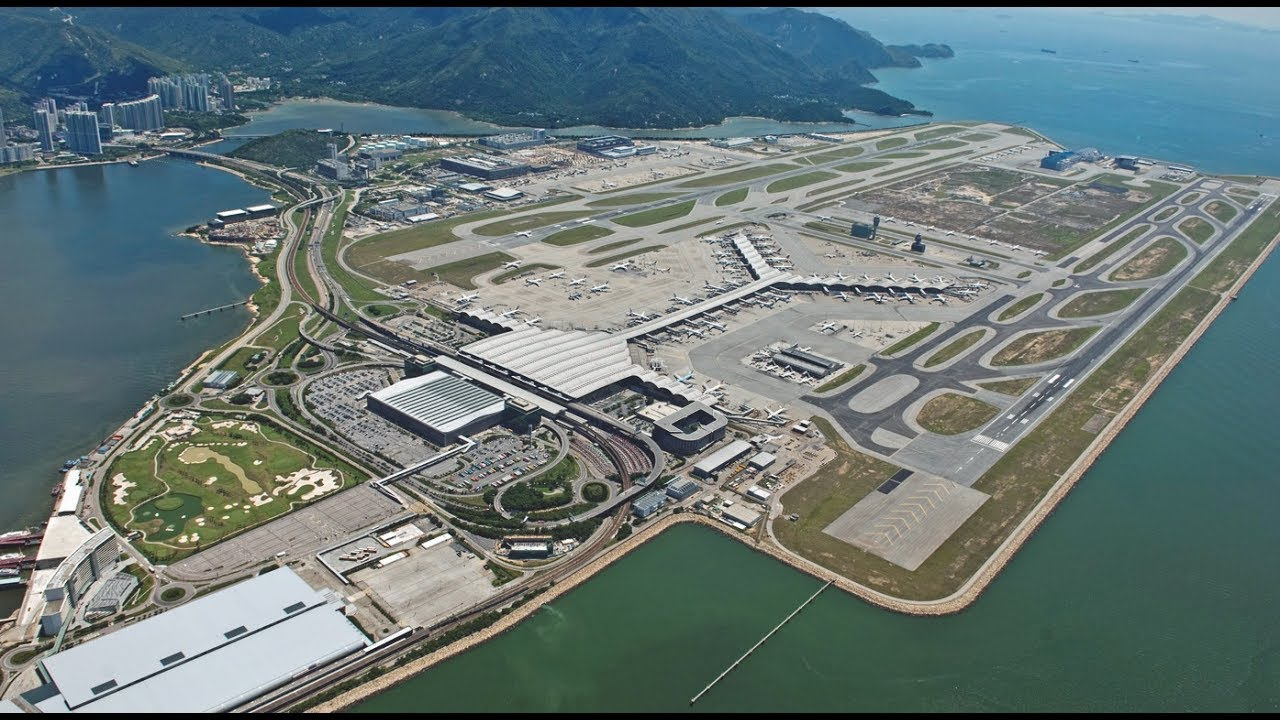 Hong Kong airport passenger and cargo volumes fall in August - Cargo  Newswire - International Cargo Wire News