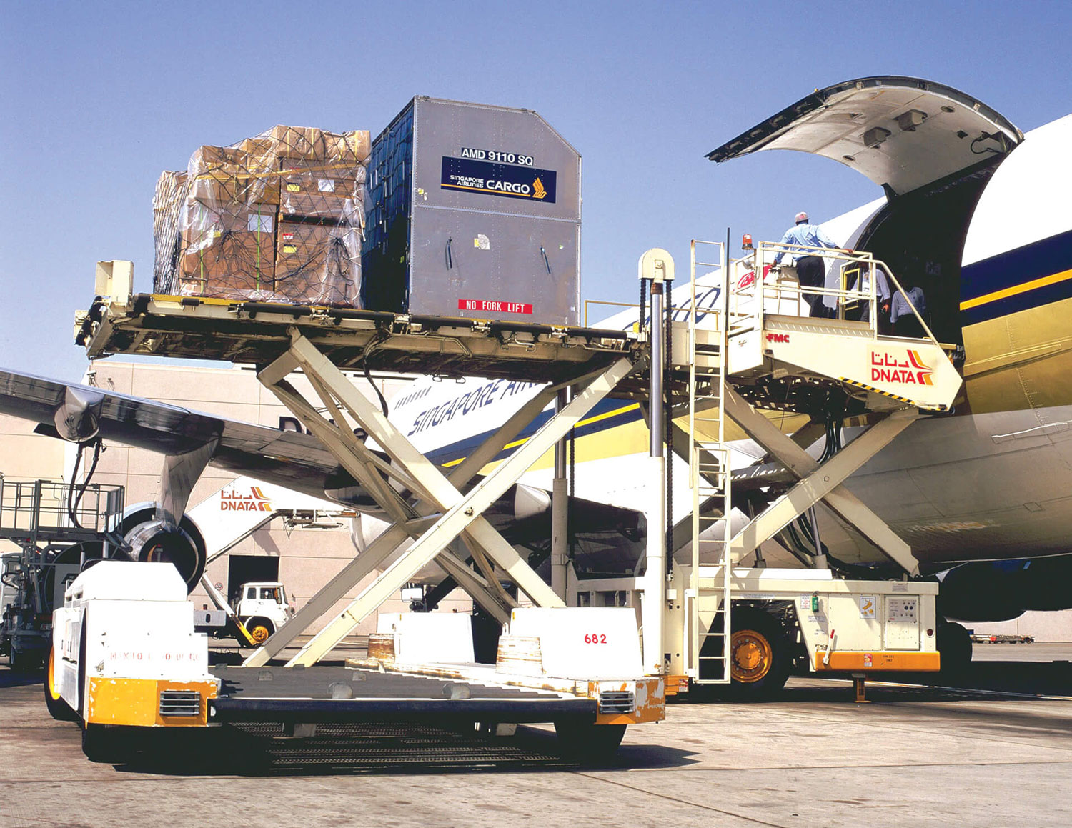 Airfreight Services Nosedive From Europe To The Usa Cargo Newswire International Cargo Wire News